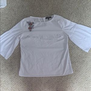 Fred David White Flower Embroidered Top